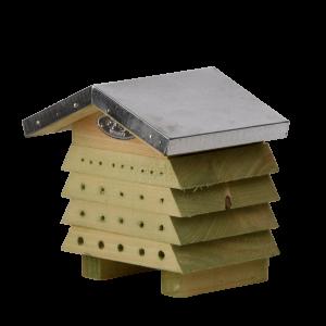 Drevený úľ pre včely visiaci s plechovou strieškou Esschert design 34785