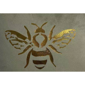 Štvorcový mentolový velúrový vankúš s motívom zlatej včely 40 x 40 cm 35469